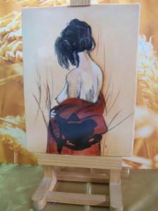 Femme brune au dos nu. Sur porcelaine entièrement peint à la main