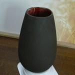 Vase en faïence noire mate. H22.5 x 12.5