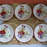 Assiettes à dessert. Décors Fleurs. Style Est de la France. Liseré Brun rouge.